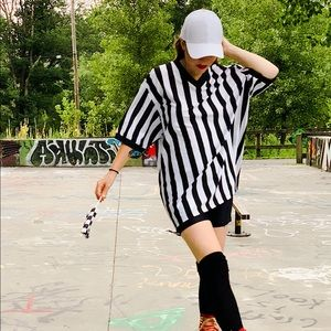Tops - Oversized Referee T